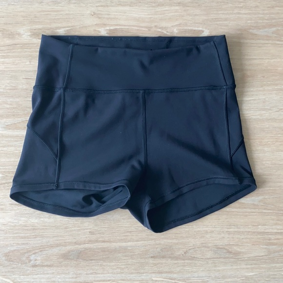 Lululemon black shorts size 8